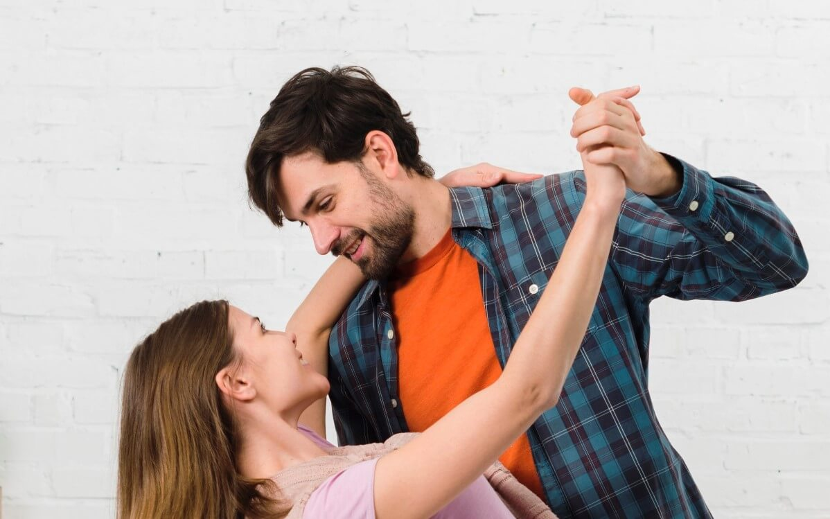 Dance lessons for single or couples